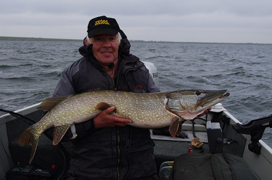 Nev with his 24lb 8oz pike